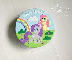 Rarity and Fluttershy 2D cake. Full fondant.