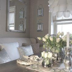 Så fantastisk å ha fri i dag Sola skinner og huset er vasket. Mandagshandling unnagjort og nå skal gangen males Ha en nydelig mandag alle flotte instavenner #interior #kitchen #inspo #inspohome #passion4interior #homedecor #homeinspo #nordicinspiration #myhome #home #interior123 #interior444 #interior2you #interior4all #interior4you1 #eleganceroom #room123 #roomforinspo #shabbyyhomes #scandicinterior #vakrehjemoginterior #classyinteriors #countryhouseliving #boligdrom #bymadsmagazine…