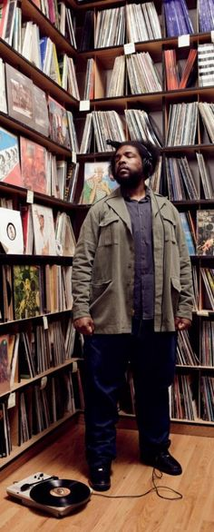 """""""I would be crushed if I wasn't booked for at least the next two years."""" Questlove of The Roots Hip Hop And R&b, 90s Hip Hop, Love N Hip Hop, Music Love, Music Is Life, Good Music, My Music, The Roots, Old School Music"""