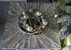 Calendar 2014, Advent Calendar, Christmas Is Coming, Christmas Home, Art Floral Noel, Christmas Decorations, Table Decorations, Flower Arrangements, Cool Designs