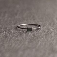 Anello di Edith - blocco mini sottile anello in argento ossidato