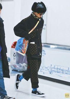 #송민호 #SONGMINO #미노 #MINO #위너 #WINNER Cool Street Fashion, Street Style, Airport Fashion, Minho Winner, Song Mino, Best Kpop, Best Mens Fashion, Man Fashion, Airport Style