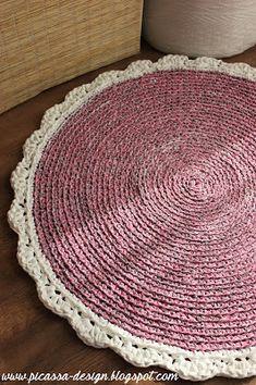 Moje pomysły, moje robótki: Szydełkowy dywan