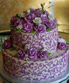 purple wedding cake ~ this is very similar to my wedding cake,