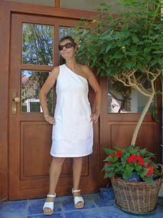 Sommerkleid aus Crash-Seide. Schlicht und aufregend zugleich! Nähen - DIY - Creativ- Design - Silk - Sommerkleid - Kofferkleid