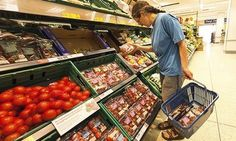 France to force big supermarkets to give unsold food to charities | World news | The Guardian