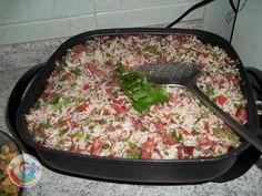 ARROZ DE CARRETEIRO - O arroz de carreteiro é elaborado originalmente à base de charque e arroz e tradicionalmente preparado em panela de ferro, é um dos principais pratos da culinária gaúcha.