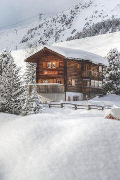 Mountain Cabin, Arosa, Switzerland photo via theweakest