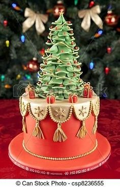 An extremely gorgeous and cute Christmas cake