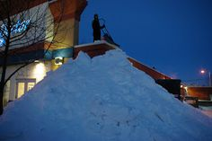 Rooftop Snow Removal - Some Areas Struggling With Snow Loads | GENERAL ROOFING SYSTEMS CANADA (GRS)