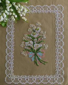 1 million+ Stunning Free Images to Use Anywhere Cross Stitch Borders, Cross Stitch Flowers, Cross Stitch Designs, Cross Stitching, Cross Stitch Patterns, Hessian Crafts, Hobbies And Crafts, Diy And Crafts, Embroidery Patterns