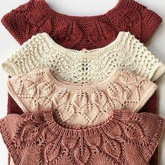 Fire fine toppe: Bløde blade, Havskum, Bella og Dahlia – tak for repost – Handarbeit – strick Baby Knitting Patterns, Knitting For Kids, Arm Knitting, Stitch Patterns, Crochet Baby, Knit Crochet, Knitted Baby Clothes, Baby Sweaters, Nice Tops