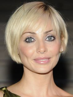 Google Image Result for http://www.hairstyleagain.com/wp-content/uploads/2011/12/Bob-Haircut-From-Natalie-Imbruglia1.jpg
