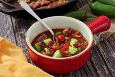 Paleo Crockpot Chili | 23 Super Satisfying Low-Carb Dinners