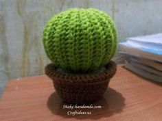 Crochet easy round cactus ideas for gift, tutorial Base: chain 41. Round 1: *1 single crochet in front loop only in the next chain*, crochet the same * until the end of this round. Round 2: Turn, *1 single crochet in … Continue reading →