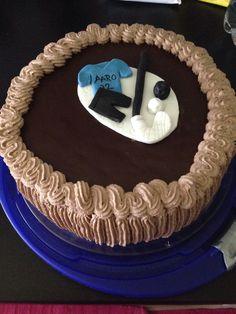 Sählyaiheinen kakku syntymäpäiville.