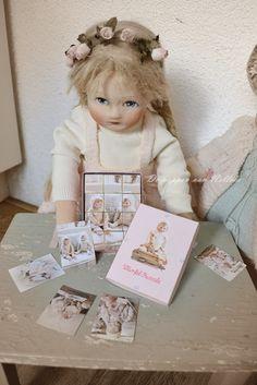 ***met een puzzle gemaakt door Ursula*** http://depoppenvannelleke.blogspot.nl/2014/08/een-babypopje-van-33cm.html