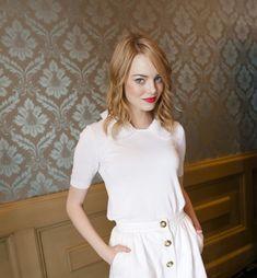 FaW8z - Beautiful Emma Stone (100 Photos)
