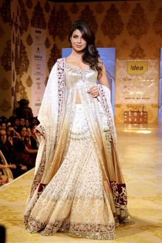 Manish Malhotra white wedding Lehenga