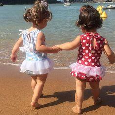 Tem boneca no mar  #amomuito #nãoaguento #summerdays  @alynecuri