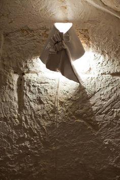 #Jabot, installazione luminosa/lampade di Giovanni Lamorgese. #maiolica #art #lights #white #design