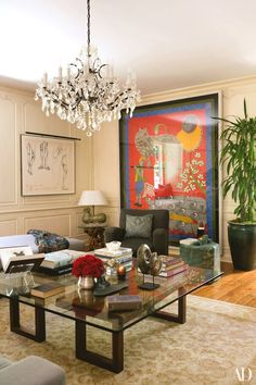 Two original sketches by Indian artist A. Ramachandran hang in the living room. The Study of Gandhi series depicts the. Interior Design Inspiration, Home Interior Design, Interior Decorating, Living Room Designs, Living Room Decor, Living Rooms, Design Salon, Los Angeles Homes, Indian Home Decor