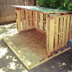 simple playhouse | Simple Pallet Playhouse | Craft Ideas