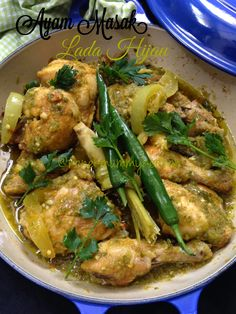 Salam Sabtu. Ayam masak merah or chicken in red spicy sauce done, today is ayam masak hijau or chicken in green sauce. Come! let's see ...