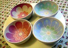 En este sitio vas a encontar piezas únicas, hechas a mano. Para darle a cada rincón de tu casa un detalle especial. Pottery Painting Designs, Pottery Designs, Mug Designs, Ceramic Clay, Ceramic Painting, Ceramic Bowls, Pottery Bowls, Ceramic Pottery, Crackpot Café