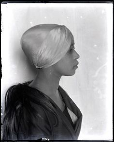 Aïcha Goblet by Man Ray, 1922.