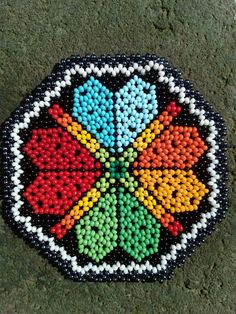 Beaded Flowers Patterns, Hama Beads Patterns, Beaded Bracelet Patterns, Beading Patterns, Bead Embroidery Jewelry, Beaded Embroidery, Seed Bead Projects, Beadwork Designs, Melting Beads