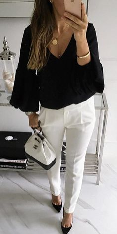 Refined Winter Outfits To Copy Right Now black long-sleeved v-neck top Classy Winter Outfits, Winter Outfit For Teen Girls, Winter Outfits For Work, Cool Outfits, Black Pants Outfit Dressy, White Pants, Black Women Fashion, Womens Fashion, Trendy Fashion