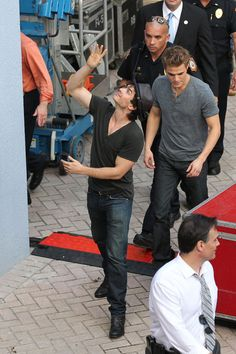 """Ian Somerhalder Photos - Paul Wesley and Ian Somerhalder, from the hit TV show """"The Vampire Diaries"""", hold a meet and greet with fans at the Sunset Place Mall in Kendall, Florida. - Ian Somerhalder Photos - 2334 of 2650"""