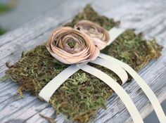 I love the idea of this darling moss-based ring bearer pillow