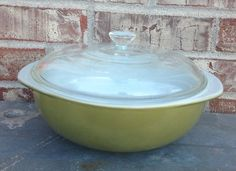 Check out this item in my Etsy shop https://www.etsy.com/listing/216008081/vintage-pyrex-olive-verde-green-round