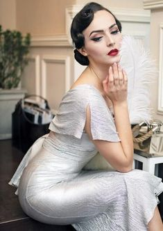 Idda van Munster Stop Staring silver dress Silver Party Dress, Silver Dress, Pop Art, Stop Staring Dresses, Retro Fashion, Vintage Fashion, Idda Van Munster, Old Hollywood Glamour, Dress Makeup