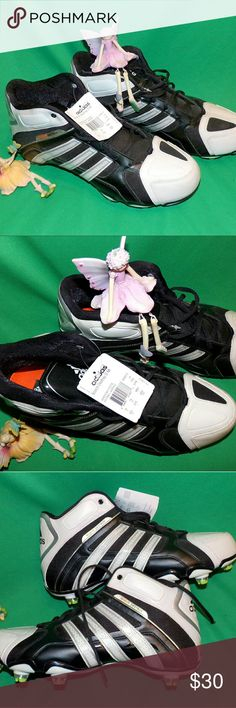 Adidas Scorch Destroy Football Cleats NEW Adidas Changealbe Cleats were super expensive D Mi wtih cool neon cleats color is black and white and designed to stand up to most any weather. Checked out by our crack team of inspectin fairies (can see them in these pictures) Rember if you BUNDLE 2 or more of our items you kick in our discounts and can take advante of Posmarks super shipping price adidas Shoes Athletic Shoes