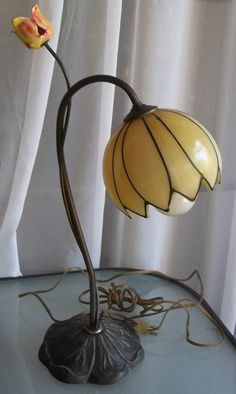 Vintage Deco-style Flower Lamp - purchased and delivered!