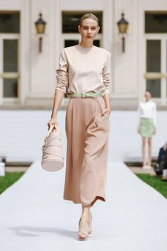 A total nude outfit | Marina Hoermanseder Berlin Spring 2016