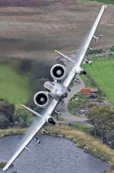 A10 Warthog on approach
