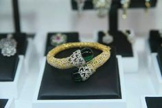 Stunning diamond kada