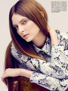 """A fotógrafa Julia Noni clica a bela modelo Auguste Abeliunaite no editorial """"Stiel-Echt"""" da revista Vogue Alemanha Abril 2014. Auguste apare..."""