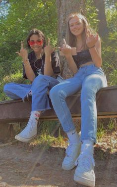 Cute Friend Pictures, Best Friend Pictures, Look Fashion, Fashion Outfits, Queer Fashion, Urban Fashion, Fashion Styles, Shotting Photo, Jugend Mode Outfits