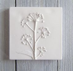 Small Mature Ivy plaster cast tile