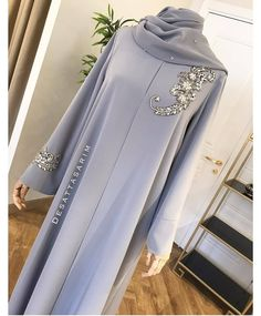 Maxi Outfits, Hijab Outfit, Fashion Outfits, Hijab Casual, Hijab Chic, Moslem Fashion, Arab Fashion, Abaya Designs, Modest Outfits Muslim