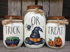 Hand-painted decor and more by Shelby Law by JarsCreationsAndMore Pint Mason Jars, Mason Jar Diy, Mason Jar Crafts, Bottle Crafts, Fall Mason Jars, Halloween Mason Jars, Fall Halloween, Halloween Crafts, Halloween Decorations