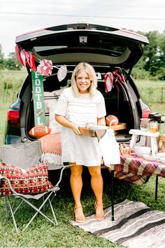 Our friend and Mud Pie fan, @certifiedcelebrator, sets up a darling chili cookoff tailgate spread complete with game day themed serving essentials and barware favorites perfect for cheering on the home team! 🏈 #mudpiegift #certifiedcelebrator #gameday #tailgate #football Fall Home Decor, Autumn Home, Championship Chili Recipe, Brittany Young, Tailgate Decorations, Mud Pie Gifts, Can Of Beans, Dark Beer, Chili Cook Off