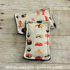 Nature Junkie Unsponges are a great #ecofriendly alternative to store bought sponges that collect bacteria and odors. - $8 #handmade #gogreen #reducereuserecycle #sushi