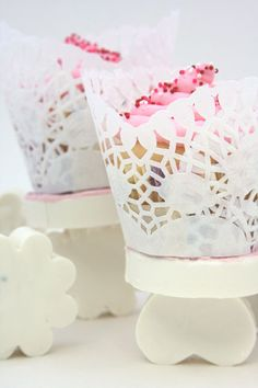 How to make Edible Cupcake Stands