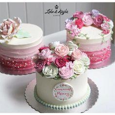 """506 Likes, 8 Comments - @lulukaylacupcake on Instagram: """"Online order WA 085213384789  #cake #cakeshop #cake #cakeshop #cakejakarta #cupcake #cupcakejakarta…"""""""
